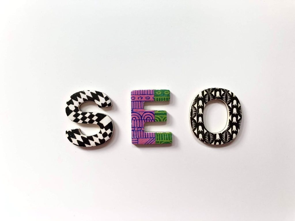 SEO letters on a desk