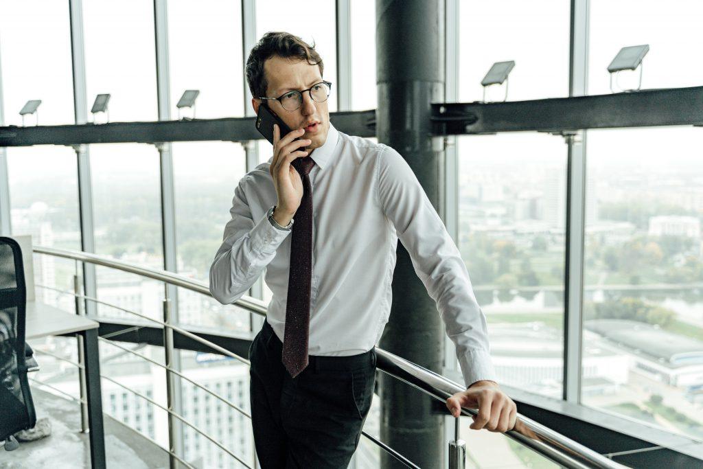 b2b phone call