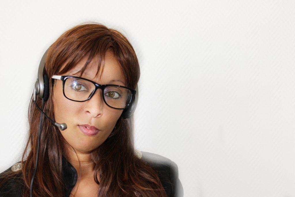 business woman telemarketing